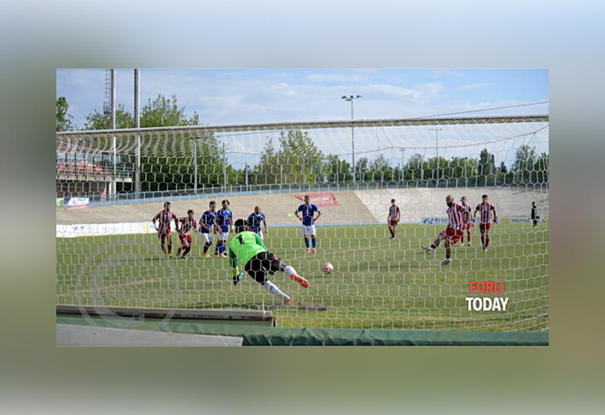 rigore Pera Forlì calcio