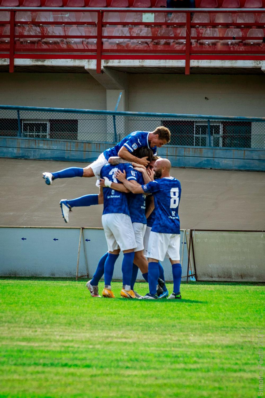 Foto esultanza Mezzolara Calcio - Gara Forlì Mezzolara 5 Giugno 2021